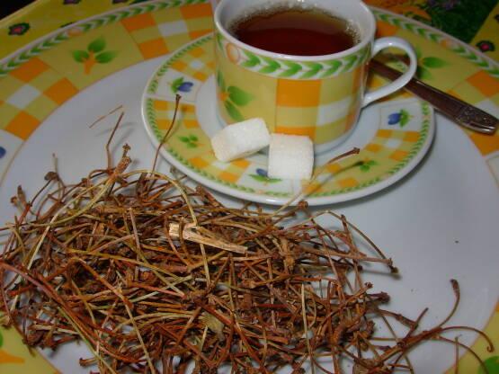 ceai-cozi-de-cirese