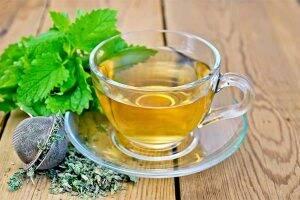 ceai-de-melissa-flori