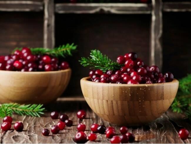 fructe-merisor-arbust