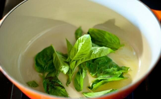 frunze-verzi-de-busuioc-ceai