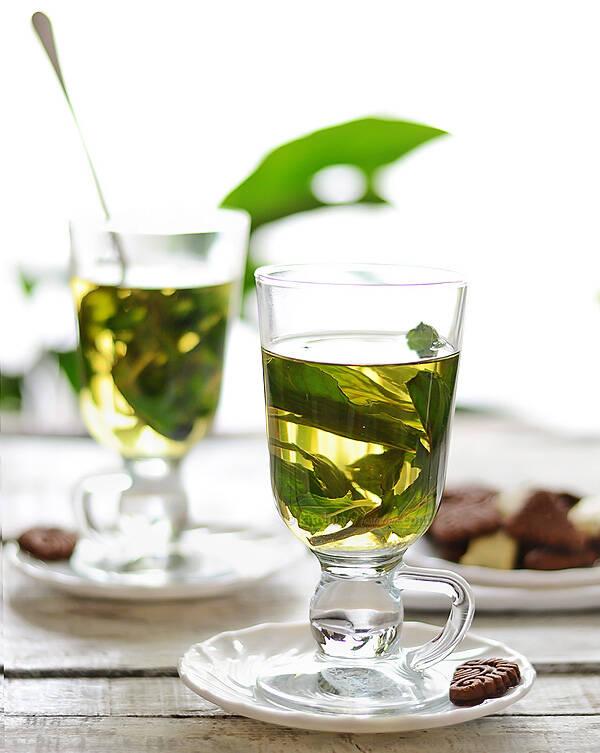 pahar-ceai-menta