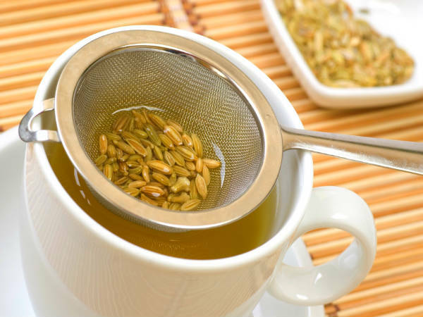 preparare-ceai-de-fenicul